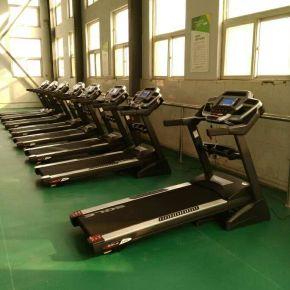 射击运动中心健身房